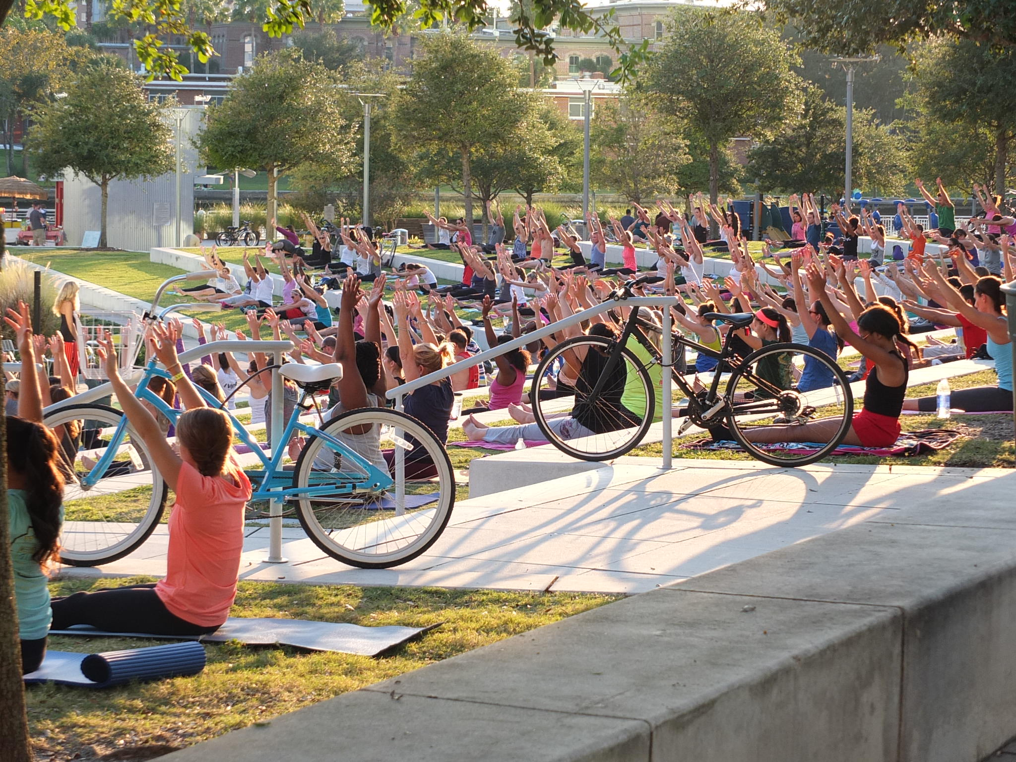 Yoga-in-the-Park_Tampa